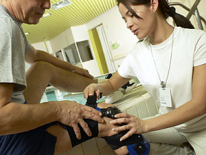 What is a physical therapist - and what does a physical therapist do